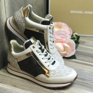 Michael Kors Maddy Trainer Mini MK Logo Vanil W